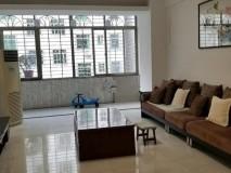 迎宾四路 中低层 4室2厅  168平方 3000元/月