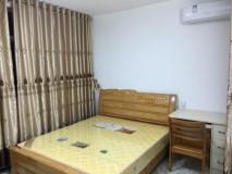 方兴区 中层  4室2厅  112平方  2800元/月