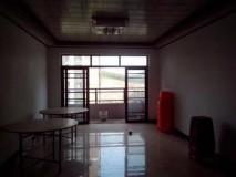 永盛明珠 122平方 4房2厅 精装修 杂物间 仅售110