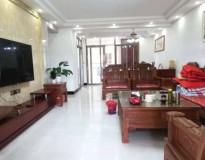 莉莱江城 160平方 4房2厅 豪华装修 靓楼层 仅售110万