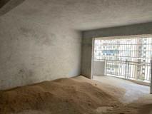 南香公园旁边帝御景7楼4室2厅148平方仅售130万